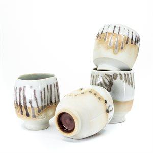 Ensemble de 4 gobelets en porcelaine
