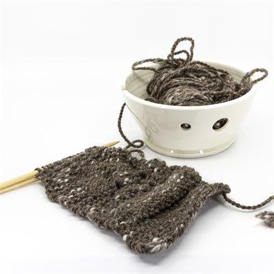 Bol à pelote de laine, parfait pour le tricot! Petit format