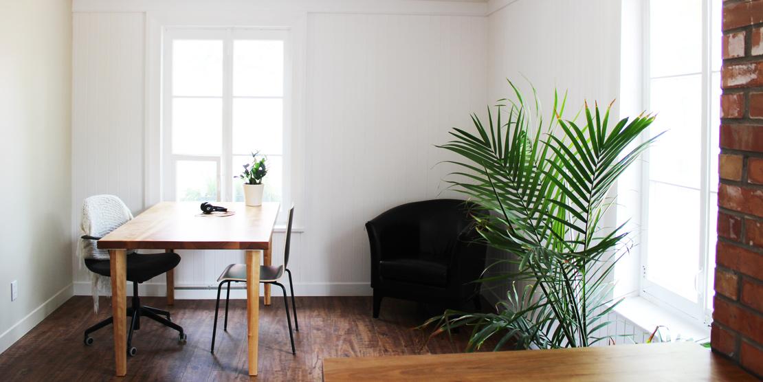 Office for rent at Le Vivoir in Saint-Jean-Port-Joli, ideal for freelancer or small businesses